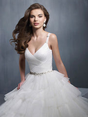 Alfred Angelo '2301' size 2 new wedding dress front view on model