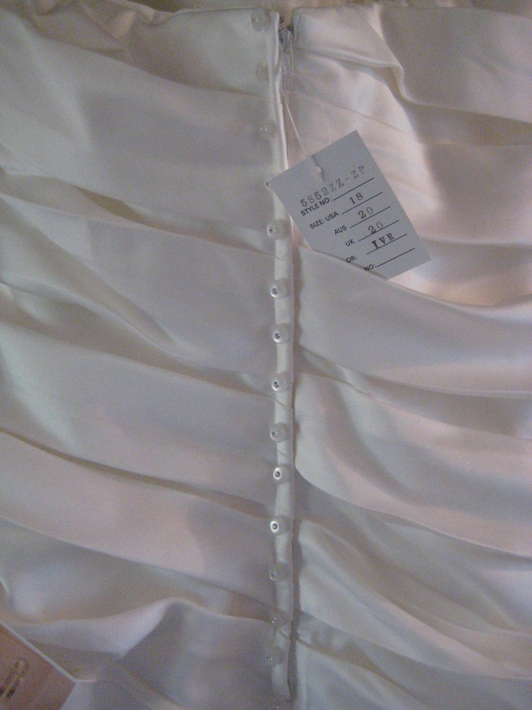 Stella York '5852' - Stella york - Nearly Newlywed Bridal Boutique - 4