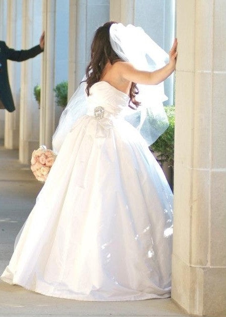 Amsale Melina Sweetheart Ball Gown Wedding Dress - Amsale - Nearly Newlywed Bridal Boutique - 4