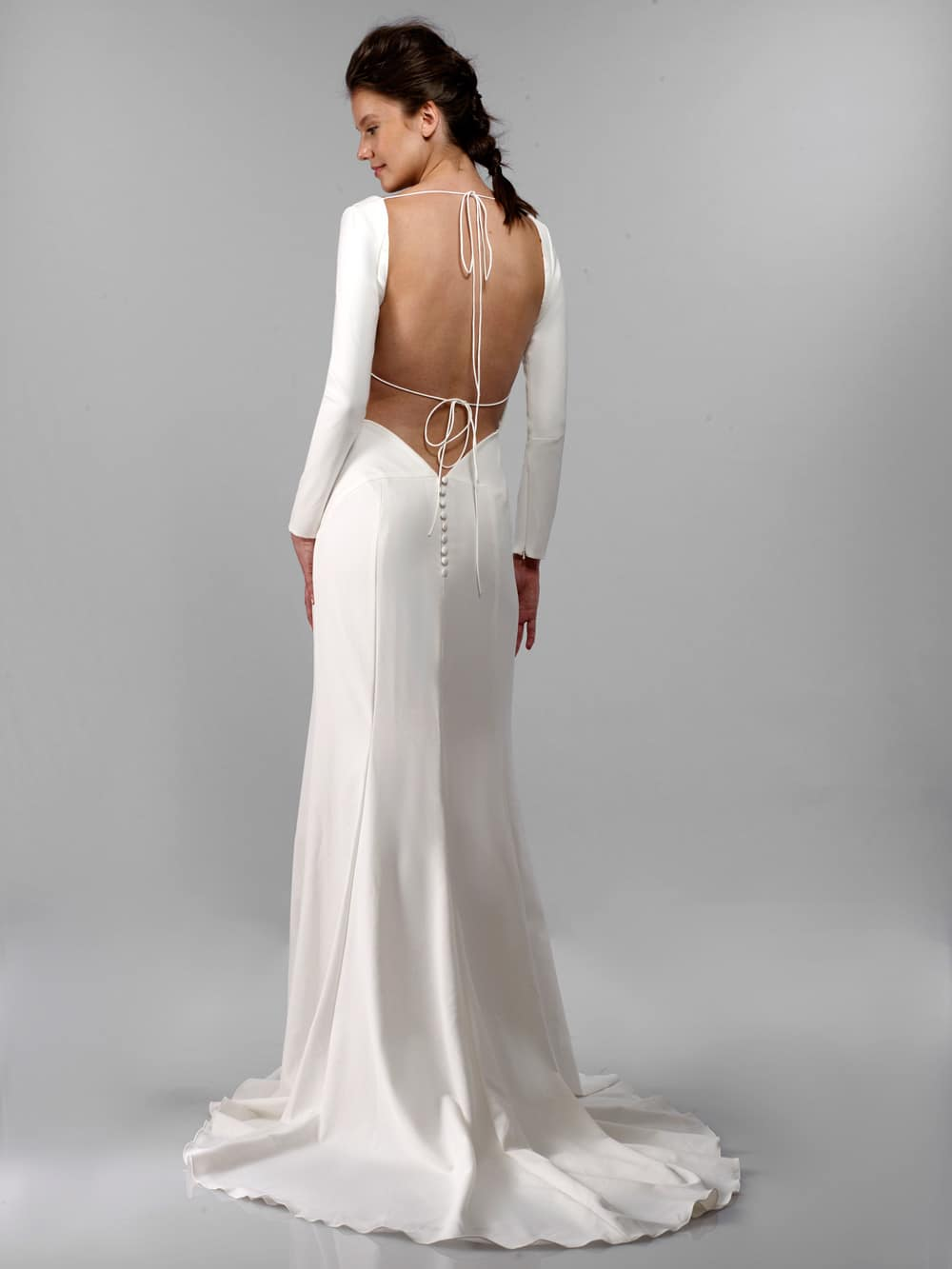 Antonio Gual 'Killian' size 2 new wedding dress back view on model
