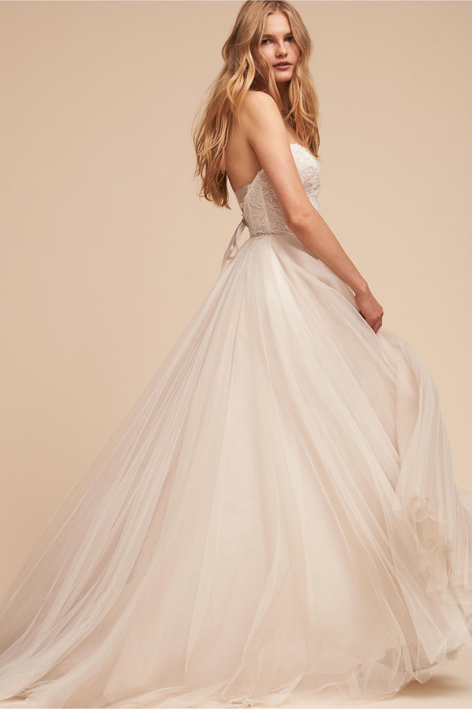 BHLDN 'Rowland' size 6 used wedding dress side view on model