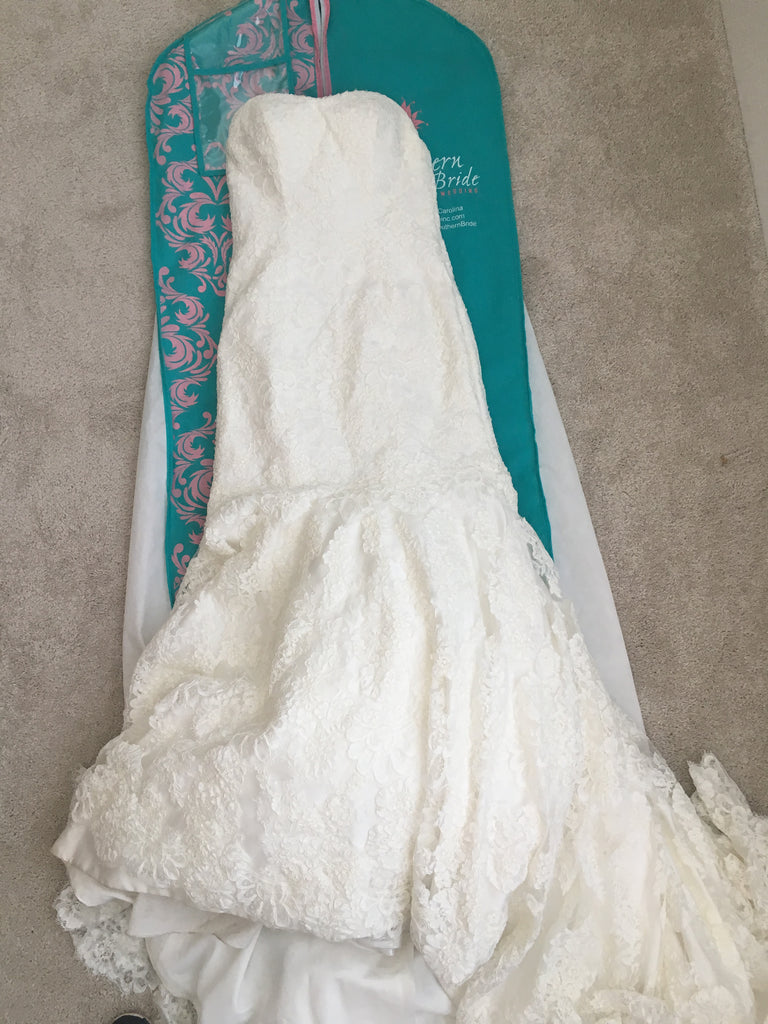 Essence of Australia '1417' size 8 used wedding dress front view flat