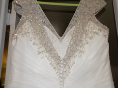 Kleinfeld 'Dina Davos' size 20 sample wedding dress back view close up