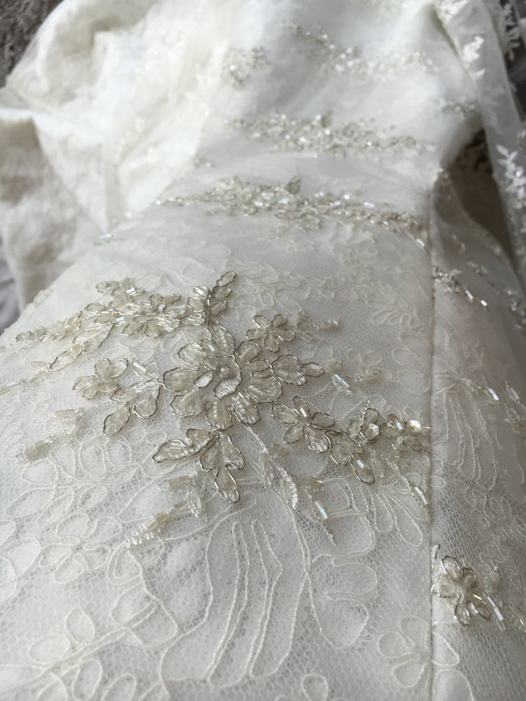 Aria 'Jacqueline' size 6 used wedding dress close up of material