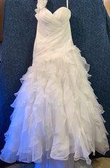 Moda Bella '3Y215' wedding dress size-08 PREOWNED