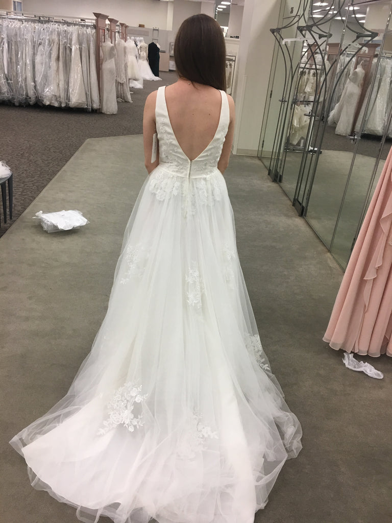 David's Bridal 'Mikado and Tulle V-Neck' size 6 new wedding dress back view on bride