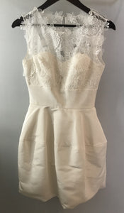 Oscar De La Renta 'Catherine Embroidered Silk Faille' size 4 used wedding dress front view on hanger