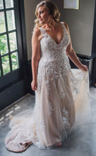 Load image into Gallery viewer, JUSTIN ALEXANDER '66010' wedding dress size-12 PREOWNED