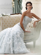 Load image into Gallery viewer, David Tutera 'Leia' size 12 used wedding dress front view on model
