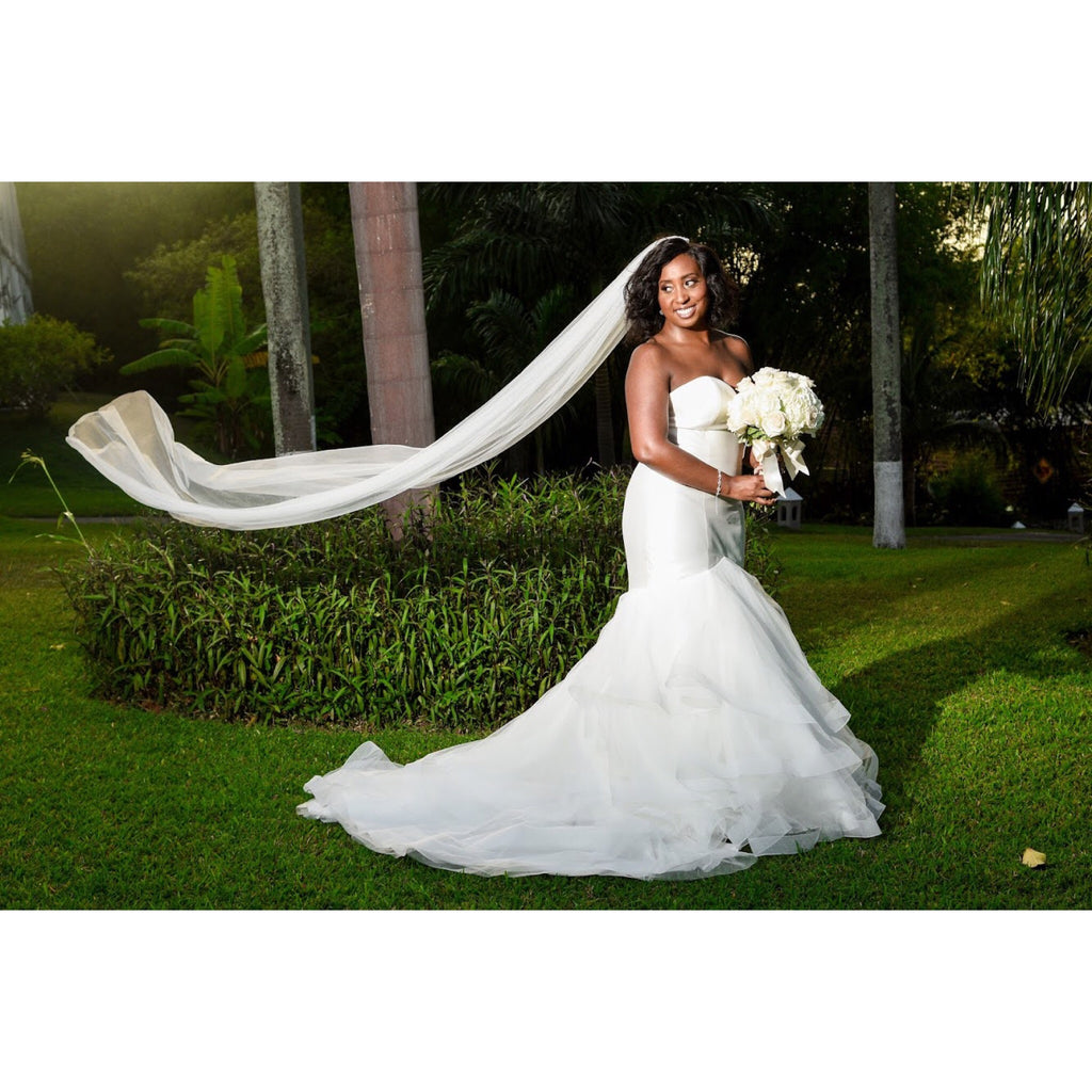 Preowned Wedding Gowns: Allure Bridals '9416' Size 12 Used Wedding Dress
