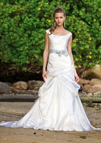 Augusta Jones Used and Preowned Wedding Dresses - Nearly Newlywed