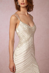 BHLDN 'Theia' size 6 new wedding dress front view close up on model