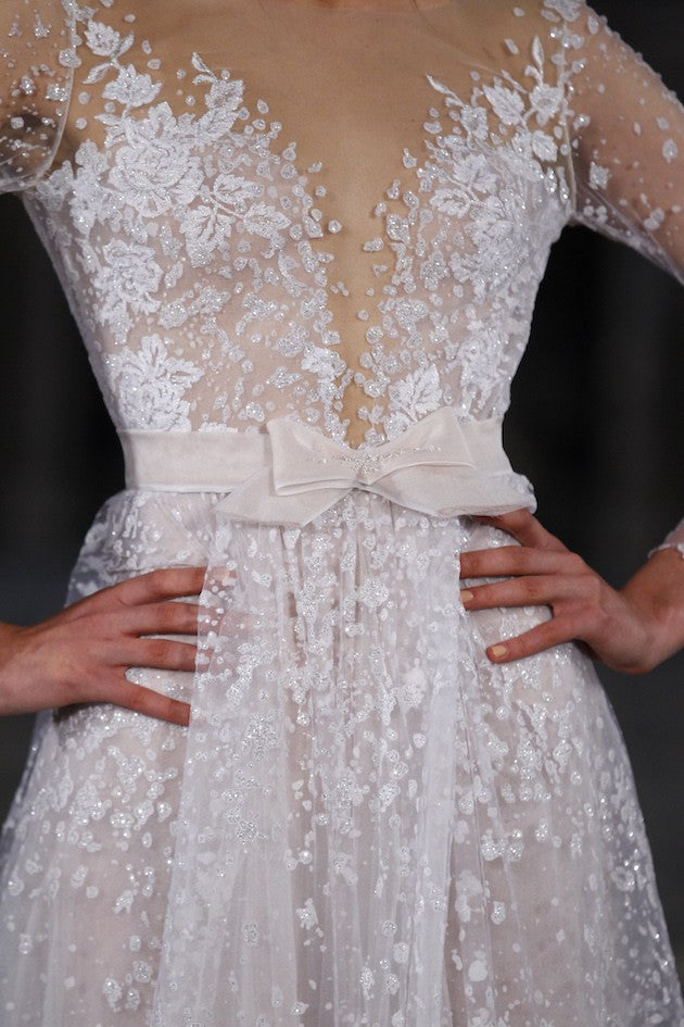 Mira Zwillinger 'Nora' size 4 new wedding dress front view close up