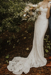 Berta '18-27' size 4 used wedding dress front view on model
