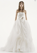 Load image into Gallery viewer, Vera Wang White 'Tossed Tulle'