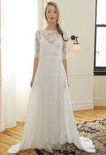 Load image into Gallery viewer, Sarah Seven 'Bleeker' size 2 new wedding dress front view on bride