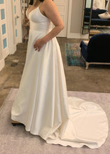 Load image into Gallery viewer, Wtoo 'Opaline Ballgown' wedding dress size-12 NEW