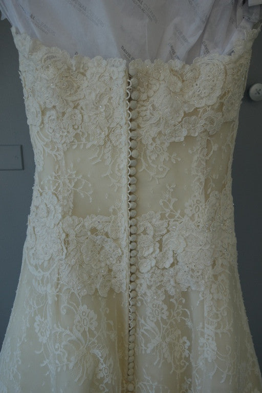 Vera Wang Luxe  'Nathalie' - Vera Wang - Nearly Newlywed Bridal Boutique - 5