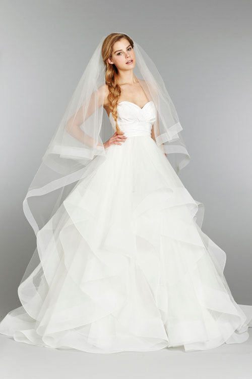 Hayley Paige 'Londyn' size 10 new wedding dress front view on model
