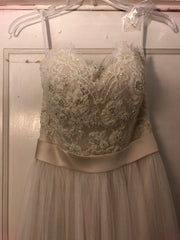 Casablanca '2205' size 6 new wedding dress front view close up