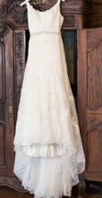 Load image into Gallery viewer, Melissa Sweet 'Melissa Sweet' wedding dress size-10 PREOWNED