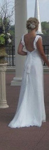 Ivy & Aster 'Anemone' wedding dress size-06 PREOWNED
