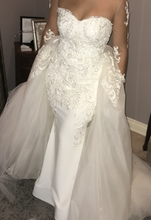 Load image into Gallery viewer, Katerina Bocci 'Custom' size 6 used wedding dress front view on bride
