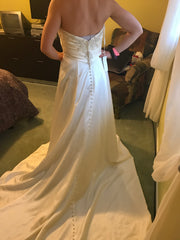Casablanca 'Diamond Collection' size 10 new wedding dress back view on bride