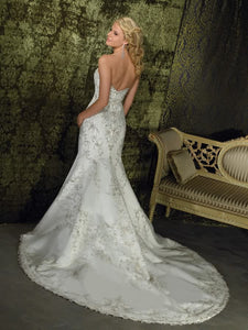 Allure Bridals style #8586 - Allure Bridals - Nearly Newlywed Bridal Boutique - 3