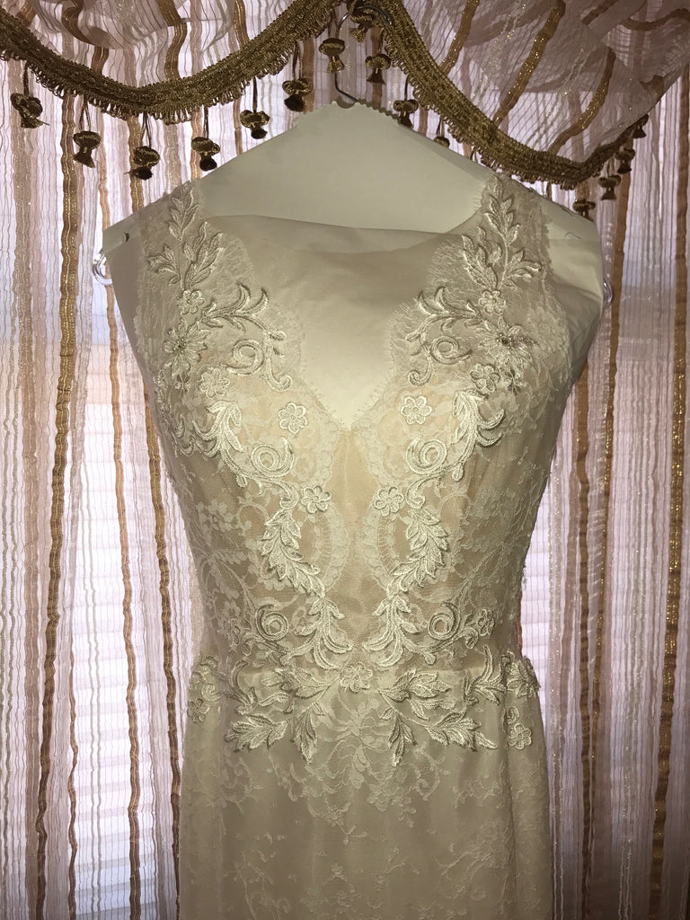 Ines Di Santo 'Madrid' size 6 new wedding dress front view on hanger