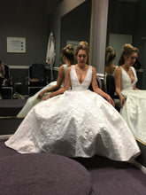 Load image into Gallery viewer, Suzanne Neville 'G44DALITS' size 6 new wedding dress front view on bride