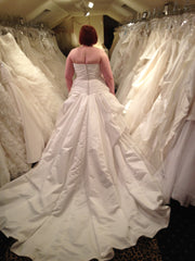 Enzoani 'Dalian' - Enzoani - Nearly Newlywed Bridal Boutique - 3