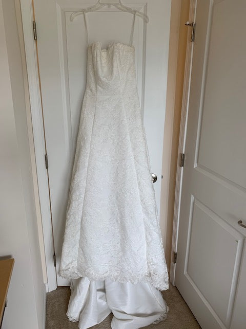 Alfred Angelo 'Elegant White' size 4 used wedding dress front view on hanger
