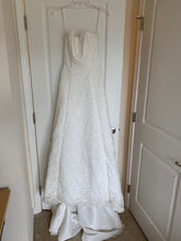 Load image into Gallery viewer, Alfred Angelo 'Elegant White' size 4 used wedding dress front view on hanger