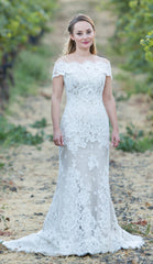 Anna Maier 'Gabrielle' size 0 used wedding dress front view on bride