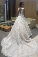 Load image into Gallery viewer, Pronovias 'Devany' size 6 used wedding dress back view on bride