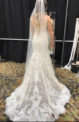 Allure Bridals '9501' size 8 sample wedding dress back view on bride