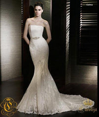 San Patrick 'Calma' size 6 sample wedding dress front view on model