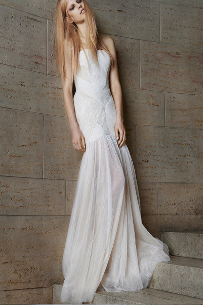 Vera Wang 'Olya' - Vera Wang - Nearly Newlywed Bridal Boutique - 1