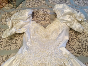 Mori Lee 'Princess' size 12 used wedding dress front view close up
