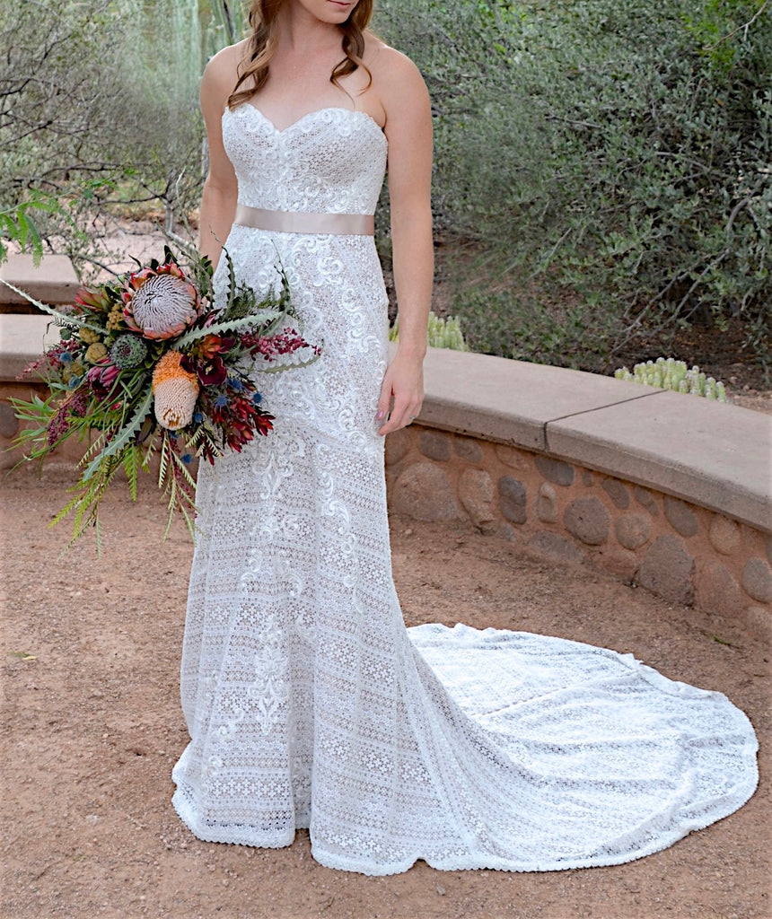 Martina Liana '772' size 6 used wedding dress front view on bride