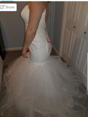 Hayley Paige 'Blush' size 12 sample wedding dress side view on bride