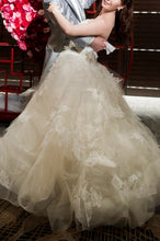 "Load image into Gallery viewer, Vera Wang ""Helena"" - Vera Wang - Nearly Newlywed Bridal Boutique - 2"