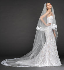 Hayley Paige 'Safyr' size 8 new wedding dress side view on model