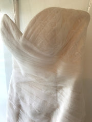 Essence of Australia '1541' size 2 used wedding dress view of bustline