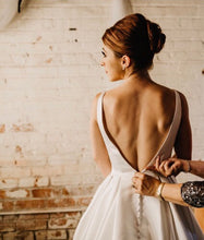 Load image into Gallery viewer, Moonlight 'J6503' size 4 used wedding dress back view on bride