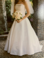 Maggie Sottero 'A Line' size 10 used wedding dress front view on bride