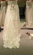 Load image into Gallery viewer, Lazaro 'Sheath Ivory 3004' size 20 new wedding dress back view on bride