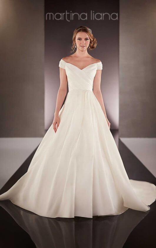 Martina Liana '712' size  16 used wedding dress front view on model