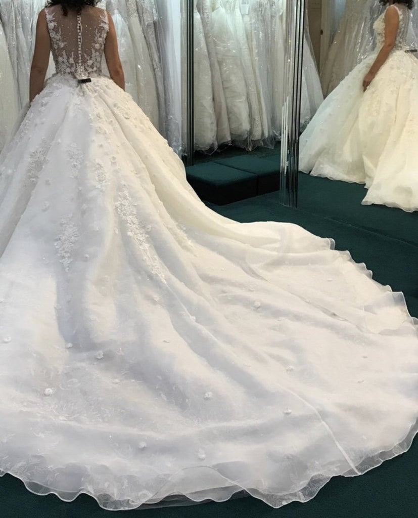 Mori Lee '8128' size 14 new wedding dress back view on bride